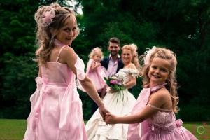 Trouwen met bruidsmeisjes erbij