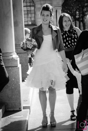 Daar komt de bruid