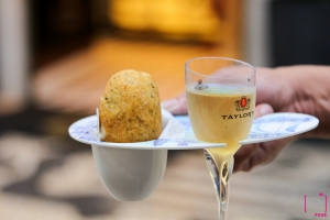 Vino Verde met pastel de Bacalhau